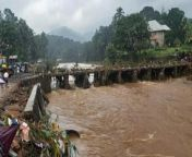 Various parts in southern states received heavy to extremely heavy rainfall. South Interior Karnataka, Kerala and Mahe, and Tamil Nadu, Puducherry witnessed heavy rainfall and strong winds. Many areas faced floods, landslides, and flash floods. While 13 died in Kottayam of Kerala, the NDRF team is deployed for the rescue operation. Delhi received little to moderate rainfall today. Watch this episode.